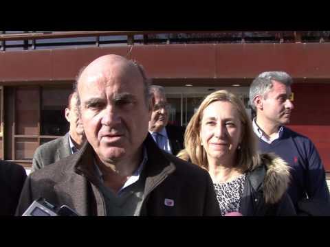 Luis de Guindos de campaña en Guadalajara