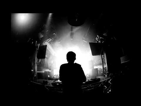 Avicii ft. Eric Turner - Dancing In My Head (Avicii