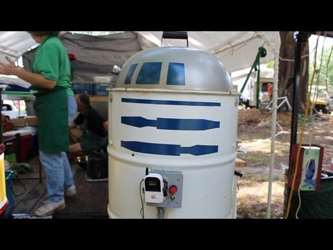R2BQ Star Wars BBQ Smoker