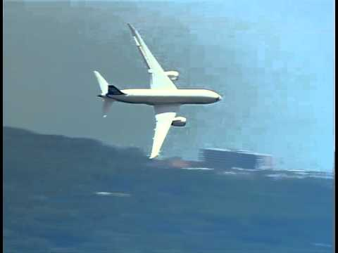 BOEING 787 DREAMLINER FLYOVER at the RBC HERITAGE