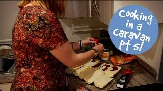 Cooking in a caravan part 5: French bread pizzas (03:47)