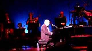 Marvin Hamlisch plays
