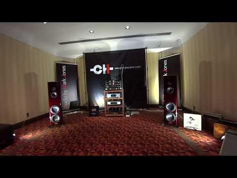 Salon Audio Montréal Audio Fest 2018 - Magico S3 Mk.2 - Kronos turntable