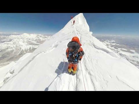 360°: Climbing Mount Everest (видео)