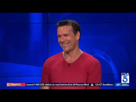 David James Elliott on Reprising 'JAG' Role on 'NCIS: Los Angeles' & Indi-Coco Water
