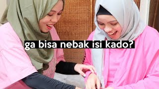 Video Kado Buat Sajidah, Ternyata isinya..   SOHWAcam MP3, 3GP, MP4, WEBM, AVI, FLV April 2019
