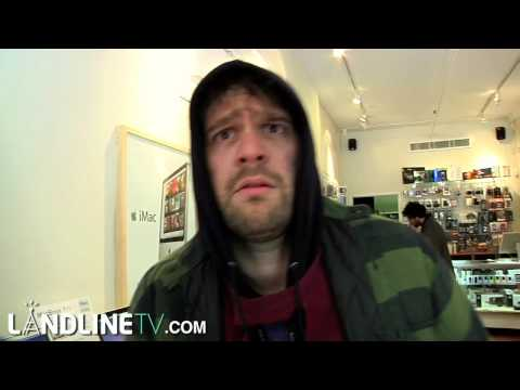 Parodia de laptop hunters: Frank el sin techo