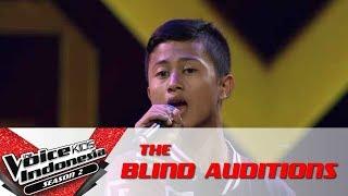 "Video Ekik ""Berawal Dari Tatap"" | The Blind Auditions | The Voice Kids Indonesia Season 2 GTV 2017 MP3, 3GP, MP4, WEBM, AVI, FLV Desember 2017"