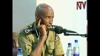 The IGP Gen. Kale Kayihura has appeared before the Land Commission to respond to allegations of Police involvement in illegal evictions on Plot 60-62 Aldina Road in Jinja District. The land in question pits Movit MD Simpson Birungi, 10 small scale traders under the name Aldina Twegaise, the then Kiira Region RPC Edgar Nyabong and the then DPC Apollo Kateeba who oversaw the illegal evictions. Kayihura however said the officers mentioned should take individual responsibility. Subscribe to Our ChannelFor more news visit http://www.ntv.co.ugFollow us on Twitter http://www.twitter.com/ntvugandaLike our Facebook page http://www.facebook.com/NTVUganda