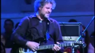 """""""Come Together"""" e """"Medley Villa Lobos""""Carlos Tomati - GuitarraTurquinho Filho - BateriaSandro Haick - Baixo"""