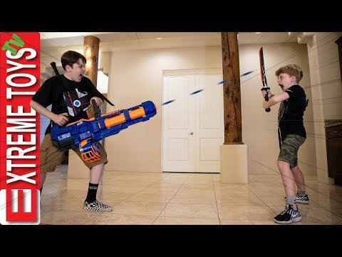 Cartoon Madness! Sneak Attack Squad Sword Battle With Nerf Titan!