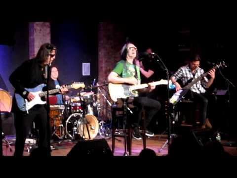 "Todd Rundgren – ""96 Tears"" (City Winery 3/7/2012)"