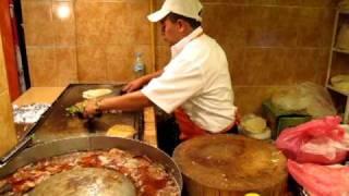 Video Alambres at Tacos Don Guero in Mexico City MP3, 3GP, MP4, WEBM, AVI, FLV September 2019