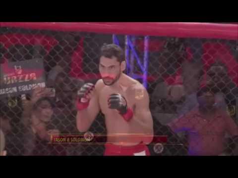 Na ring wjechał jak wielki cwaniak. Na dechach leżał po 9 sekundach