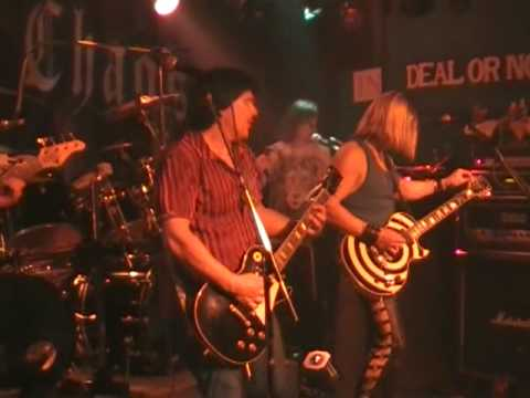 a Classic Mortal Chaos coveing Dokken (Breakin the Chains)