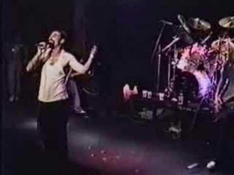 System Of A Down - Peephole lyrics