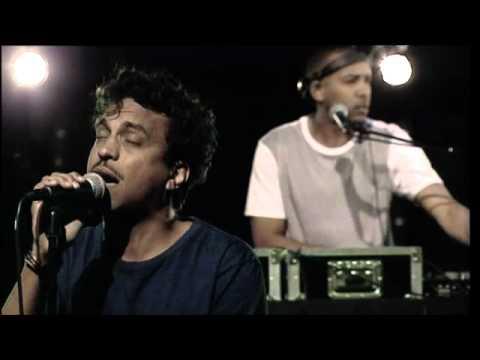 Timbuktu – Kapitulera (Live @ Nyhetsmorgon)