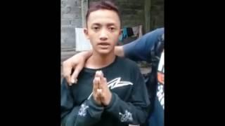 Video Ngatain  Polisi, seorang pemuda didatangi dan disuruh gini MP3, 3GP, MP4, WEBM, AVI, FLV Juli 2017