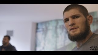 Video Classic Scene: Khabib Nurmagomedov finds out he fighting Al Iaquinta for UFC Lightweight title MP3, 3GP, MP4, WEBM, AVI, FLV Desember 2018