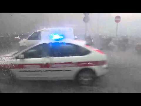 il - Una violenta bomba di grandine si è abbattuta su tutta la provincia di Firenze 19 settembre 2014 Extreme hail storm Florence, Italy 9 September 2014.