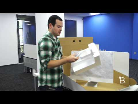 Retina - iMac With Retina 5K Unboxing iPad Air 2 Unboxing: http://bit.ly/1pCTMRk The most astonishing thing from Apple's event last week wasn't the iPad, nor Apple Pay, which was finally released...