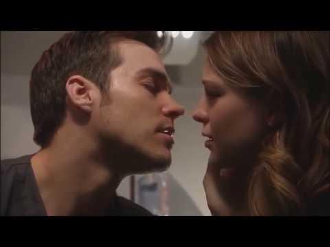 Hottest Kisses Till Date (видео)