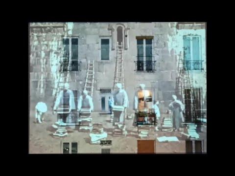 Kunst am Fenster in Paris: Konzeptkünstler unterhalte ...