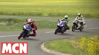 8. MCN test: Yamaha R125 takes on Honda CBR125, Aprilia RS125