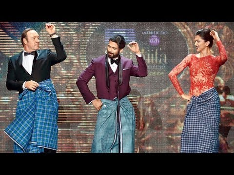 Video Deepika Padukone's Lungi Dance With Kevin Spacey At IIFA 2014 ! download in MP3, 3GP, MP4, WEBM, AVI, FLV January 2017