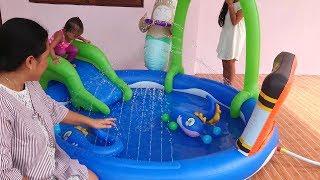 Video Uboxing Kolam Renang Anak - Balita Lucu Bermain Air dan Perosotan- Kids Swimming Pool MP3, 3GP, MP4, WEBM, AVI, FLV Juli 2018