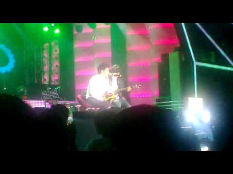 Mất Em ( Acoustic Ver ) – Noo Phước Thịnh ( Max Fresh Concert)