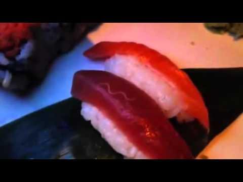 mangi il sushi? guarda questo video ed attento ai parassiti!