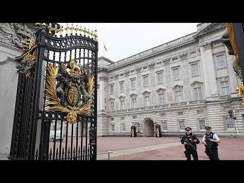 Μπάκιγχαμ: Ο πρίγκιπας Φίλιππος δεν θα ασκεί από το φθινόπωρο τα βασιλικά του καθήκοντα