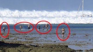 Video 5 Giant Waves That Caught People Off-Guard MP3, 3GP, MP4, WEBM, AVI, FLV Maret 2019
