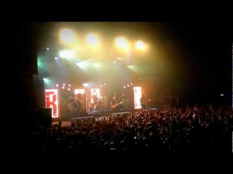I Give it aaaallllll! - Rise Against live at 013 Tilburg