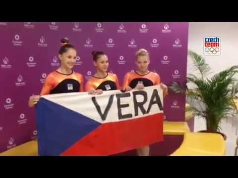 Gymnastky podporují Věru Čáslavskou