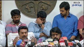 Video Komban Producer in Tears | Gnanavel raja | Karthi | Tamil The Hindu MP3, 3GP, MP4, WEBM, AVI, FLV Januari 2018