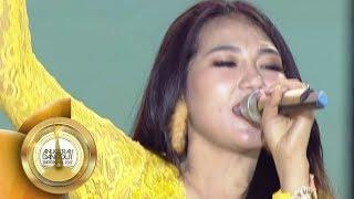 Video Keren Banget! VIA VALLEN Nyanyi SAYANG di Tengah Kerumunan Fans  - ADI 2017 (7/12) MP3, 3GP, MP4, WEBM, AVI, FLV Maret 2018