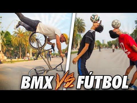 CUANTO DINERO PODEMOS GANAR HACIENDO TRUCOS EN LA CALLE? - Bmx vs Futbol freestyle (видео)