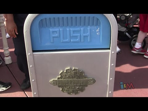 PUSH the Trash Can does Jaws%2C Indiana Jones at Walt Disney World