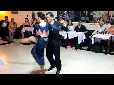Campeonato de Variaciones de Tango escenario