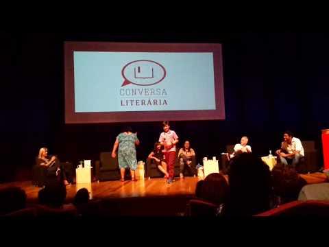 Conversa Literária, com direção e curadoria de Cintia Barreto. Realizado no Teatro de Câmara da Cidade das Artes do Rio de Janeiro