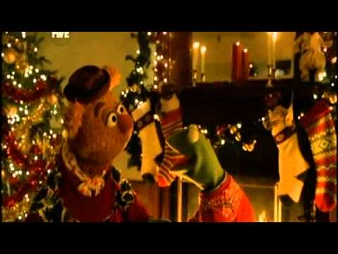 "The Muppets ""Happy Holiday 2010"""