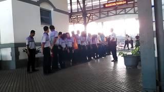 Semangat Briefing Petugas Stasiun Purwosa