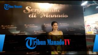 Nonton Heboh! Pengunjung Megamall Histeris, Pemeran Film 'Senjakala di Manado' Muncul Film Subtitle Indonesia Streaming Movie Download