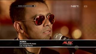 Judika - Aku Bukan Pilihan - Tribute to Iwan Fals (Live at Music Everywhere) **
