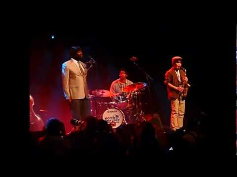 On My Way to Harlem - Gregory Porter On my way to Harlem live at North Sea Jazz 2012.