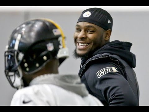 Is Steelers RB Le'Veon Bell being too greedy?
