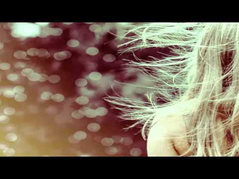 Carmen Cuesta-Loeb -Blue kiss