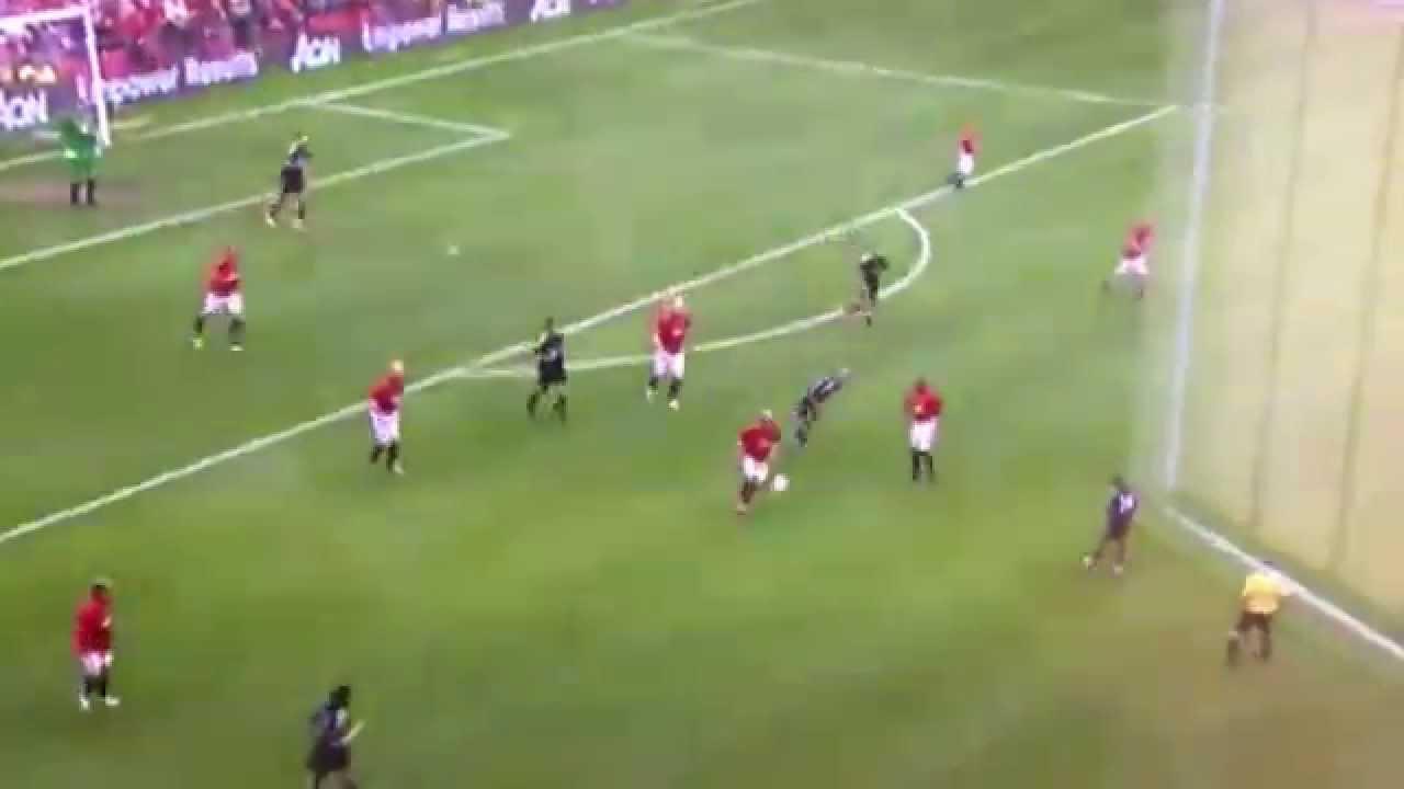 Paul Scholes biến Zidane thành gã hề